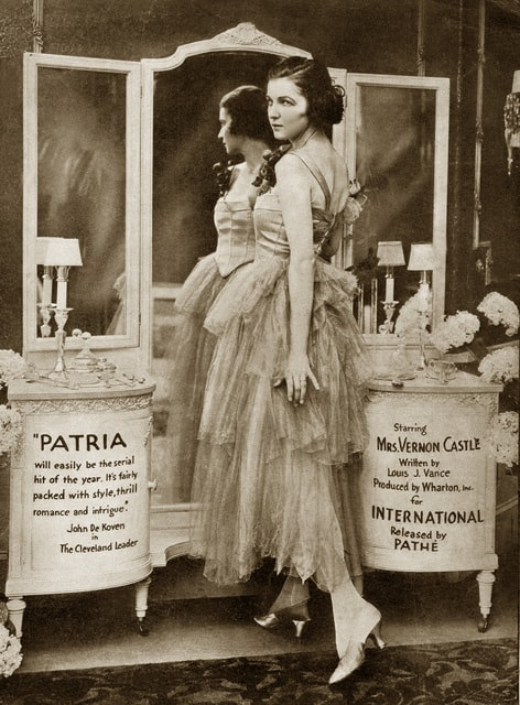 Actress dressed by Lucile, or Lucy Duff Gordon, Mayfair. Ballgowns to Bumsters tour, Fashion Tours London.