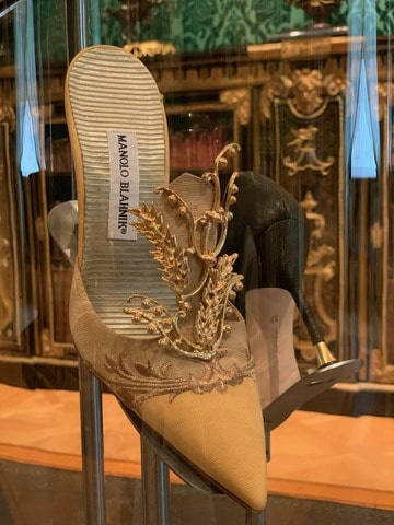 shoe by fashion designer Manolo Blahnik, Wallace Collection exhibition, shop in Burlington Arcade, Mayfair, Unique Boutiques Tour, Fashion Tours London, fashion walks and shopping tours for fashionistas