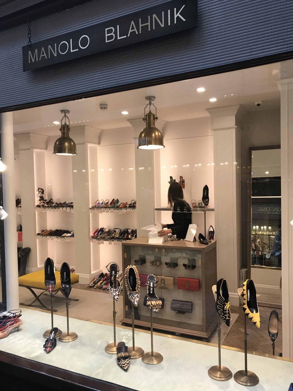 shoe shop of fashion designer Manolo Blahnik, Burlington Arcade, Mayfair, Unique Boutiques Tour, Fashion Tours London, fashion walks and shopping tours for fashionistas