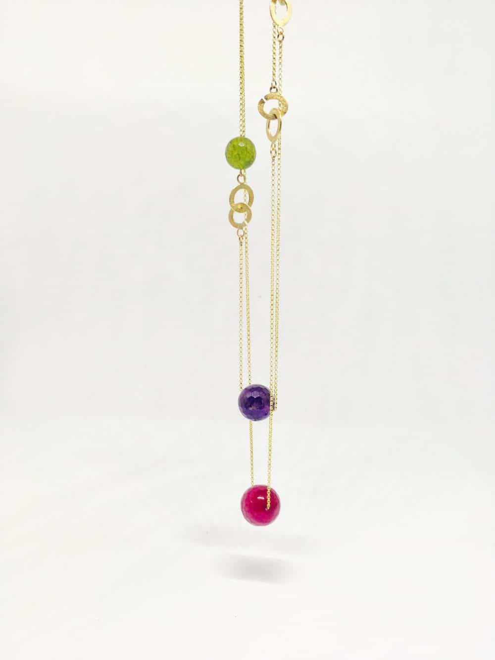 necklaces by jewellery designer Barbara Laws, jewelry, Fashion Tours London, fashion walks for fashionistas